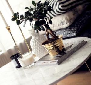 Come arredare il tavolino da soggiorno