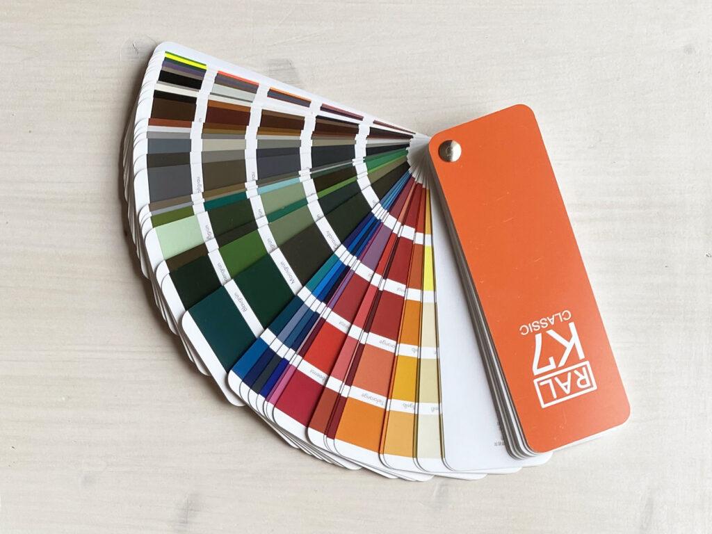mazzetta colori RAL K7
