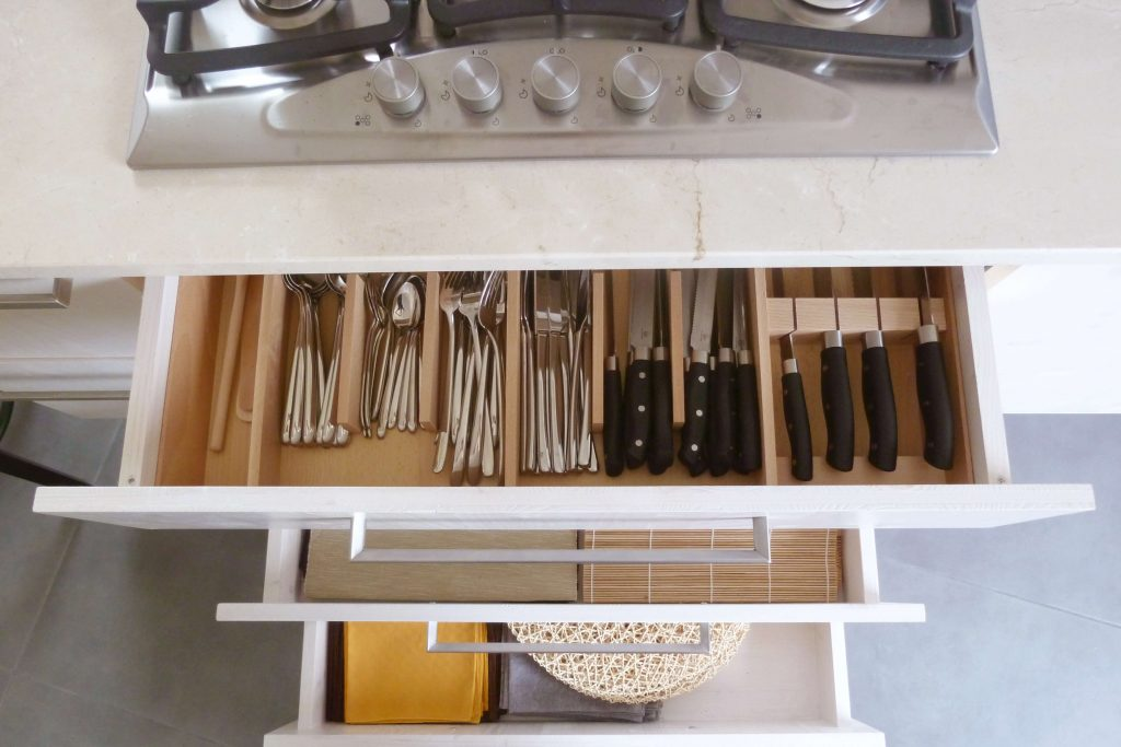Come organizzare la cucina - Divisorio cassetti Ikea